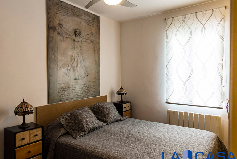 Estupendo piso en venta | Calle de Sebastián Elcano | Dormitorio principal | TuInmobiliaria24x7
