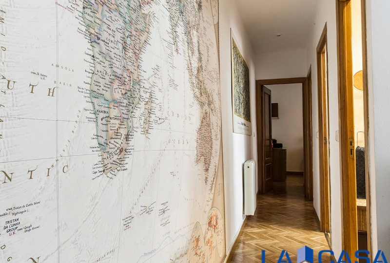 Estupendo piso en venta | Calle de Sebastián Elcano | Pasillo | TuInmobiliaria24x7