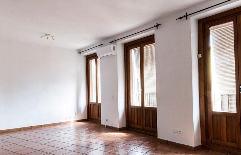 Piso en alquiler en la calle Buenavista | Salón comedor con -3 balcones | LCeL