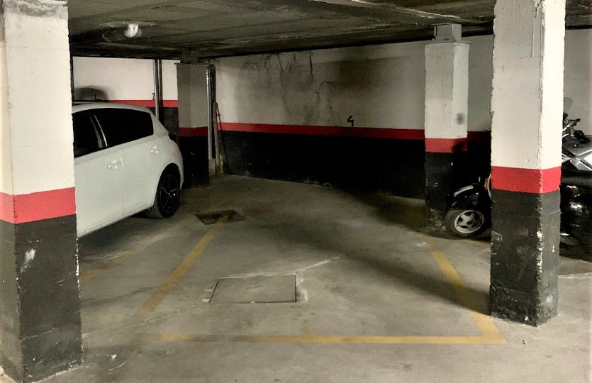 Garaje en alquiler en la calle Cabestreros | Lavapiés - Embajadores | LCeL | Plaza garaje