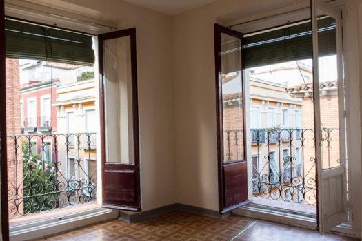 Piso para alquilar en la calle Caravaca | Balcones del salón | LCeL