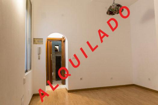 Estudio en alquiler en la calle Argumosa | Lavapiés - Embajadores | LCeL | Salón comedor | ALQUILADO