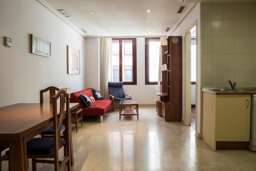 Piso en alquiler en la calle Echegaray | Huertas | Madrid centro | LCeL | Salón comedor