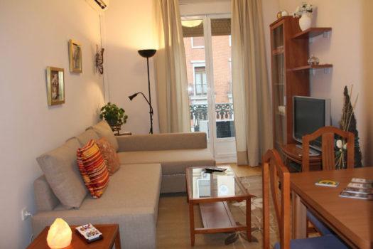 Piso en venta en la calle Montera | Madrid centro | LCeL | Salón comedor