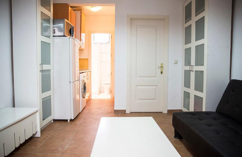 Apartamento en alquiler en la calle Amparo | Lavapiés - Embajadores | LCeL | Comedor